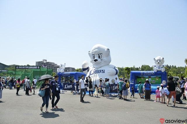 広場ではイベントが開催