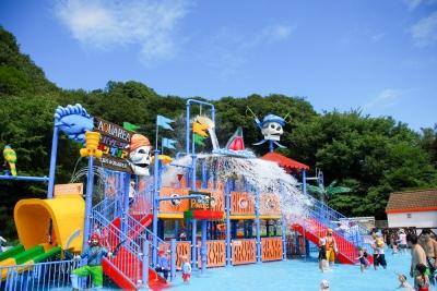 姫路セントラルパークアクエリアのプールは西日本最大級!動物園や花火もおすすめの写真