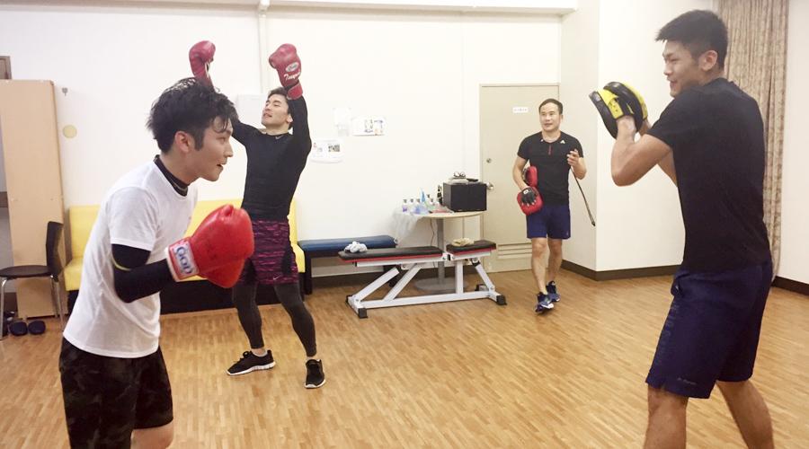 ワン、ツー、アッパー!ボクシングフィットネスで運動不足をスッキリ解消!
