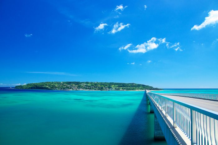 「沖縄の離島」に関する、おすすめの観光・お出かけスポットや最新のイベント情報を紹介しています。人気の定番スポットから穴場情報までまとめましたので、楽しい週末や休日を過ごすための参考にしてくださいね。