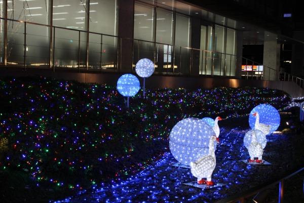 「京都駅」に関する、おすすめの観光・お出かけスポットや最新のイベント情報を紹介しています。人気の定番スポットから穴場情報までまとめましたので、楽しい週末や休日を過ごすための参考にしてくださいね。