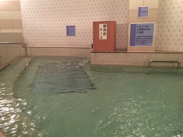 アクア・ユーカリ ボウリングやプールも楽しめるお風呂の ...