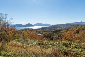 洞爺湖の紅葉写真