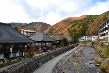 湯西川温泉の紅葉写真
