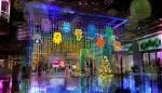 あまがさきキューズモール 2F正面エントランス、2F緑遊広場のイルミネーションの写真